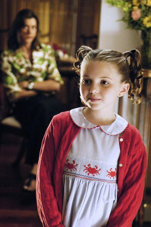 Obwohl Celia (Sammi Hanratty) ihre Halbschwester nicht kennt, übergeht sie nach dem Tod ihrer Eltern in deren Obhut. Doch die junge Studentin ist zu... - Bildquelle: ABC Family