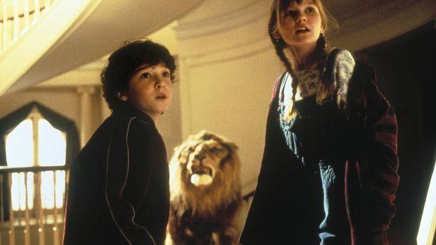 Peter (Bradley Pierce, l.) und Judy (Kirsten Dunst, r.) haben das magische Br...