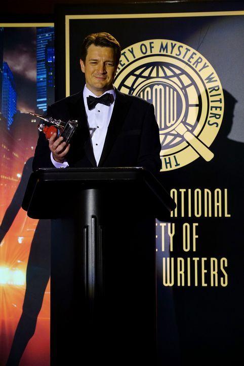 Schafft es Castle (Nathan Fillion), den mysteriösen Killer aus seiner Kindheit noch vor der Preisverleihung zu fangen? - Bildquelle: Richard Cartwright ABC Studios