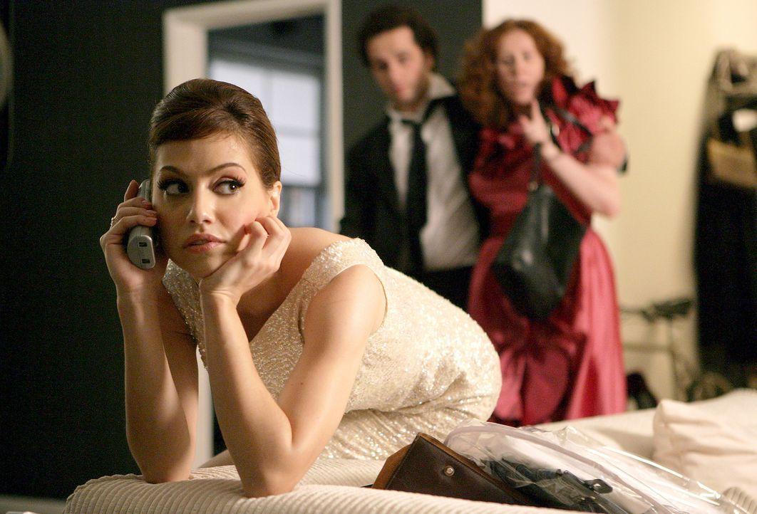 Die quirlige Amerikanerin Emily Jackson (Brittany Murphy, vorne), von allen nur Jacks genannt, lebt ihr Leben in London auf der Überholspur. Als st... - Bildquelle: Chris Raphael 2007 EUROPACORP - SKYLINE (LoD) LIMITED