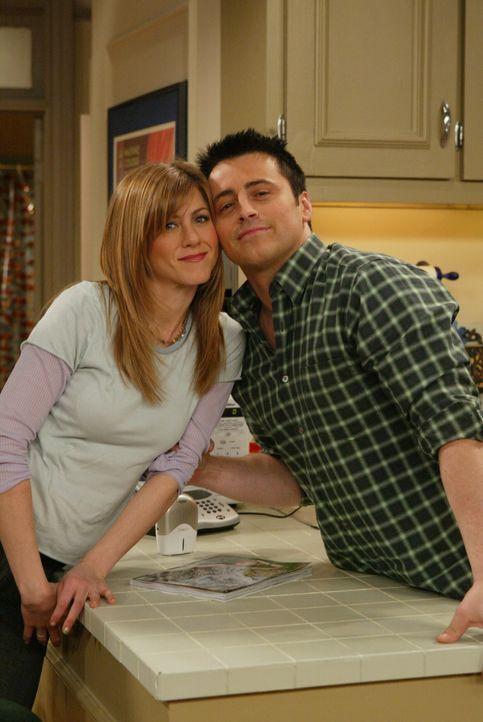 Freunde fürs Leben: Rachel (Jennifer Aniston, l.) und Joey (Matt LeBlanc, r.) ... - Bildquelle: 2003 Warner Brothers International Television