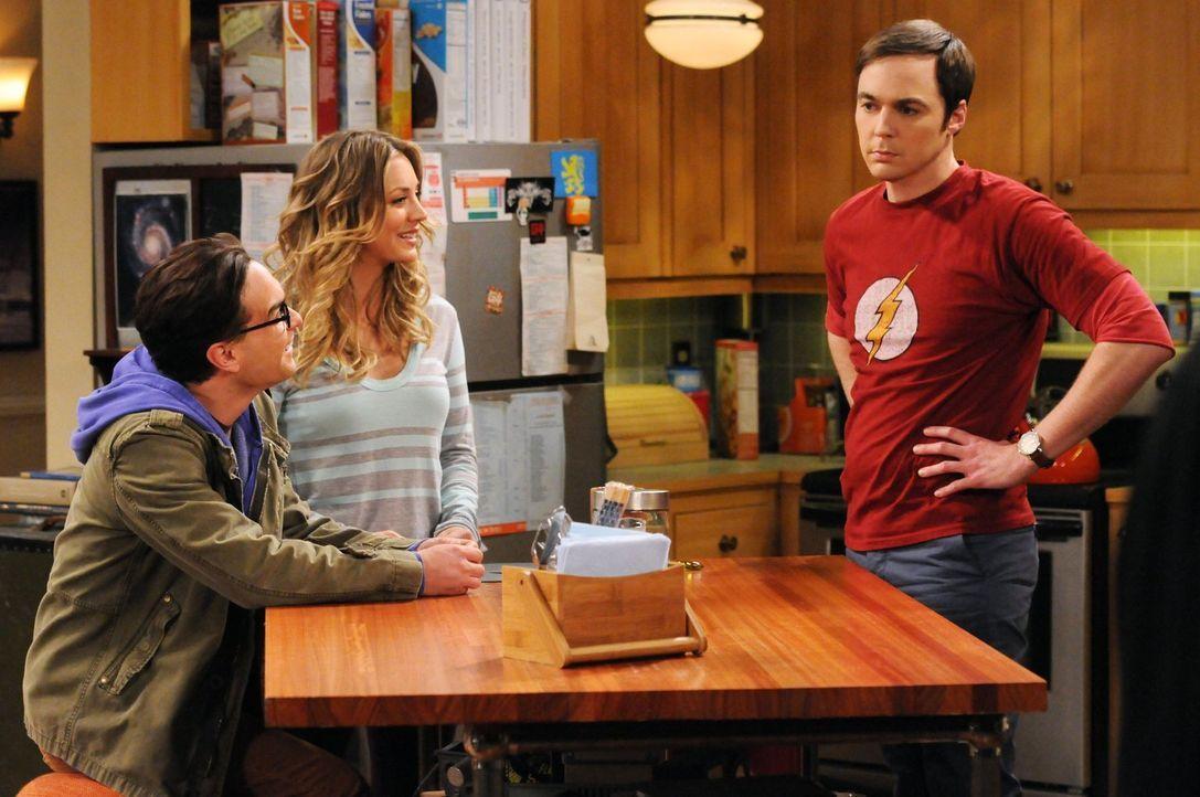 Während Leonard (Johnny Galecki, l.) von Penny (Kaley Cuoco, M.) im Schach geschlagen wird, bricht für Sheldon (Jim Parsons, r.) die Welt zusammen,... - Bildquelle: Warner Bros. Television