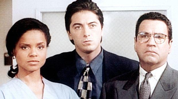 Amanda (Victoria Rowell, l.), Jack (Scott Baio, M.) und Briggs (Michael Tucci...