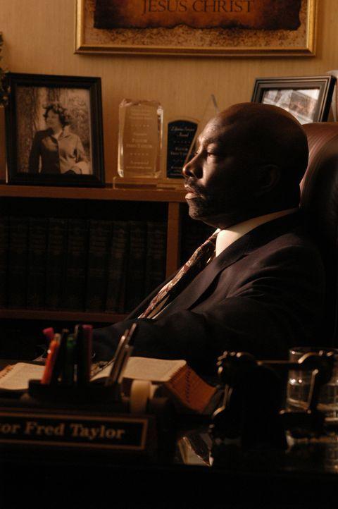 Dem Bischof Fred Taylor (Clifton Powell) bleibt nicht mehr viel Zeit. Er macht sich ständig Gedanken, was nach seinem Tod aus seiner Gemeinde werden... - Bildquelle: Sony Pictures Television International. All Rights Reserved.