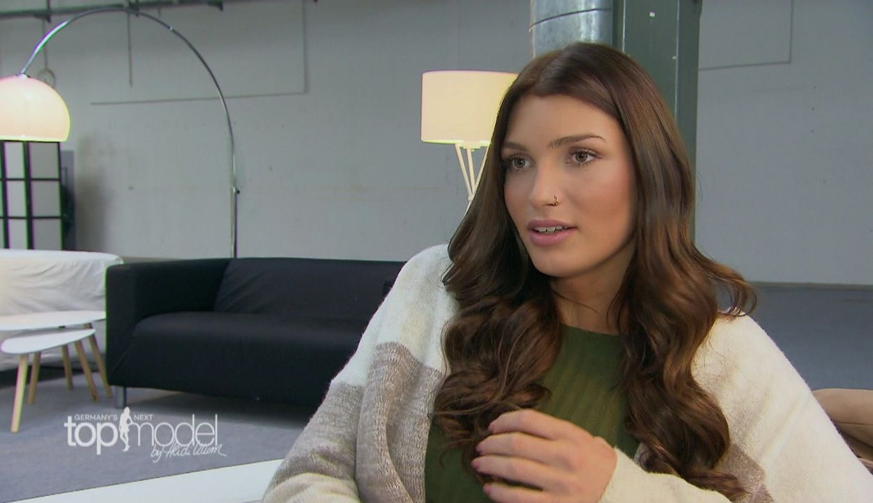 GNTM-S12-Sendung01-Casting-Muenchen11 - Bildquelle: ProSieben