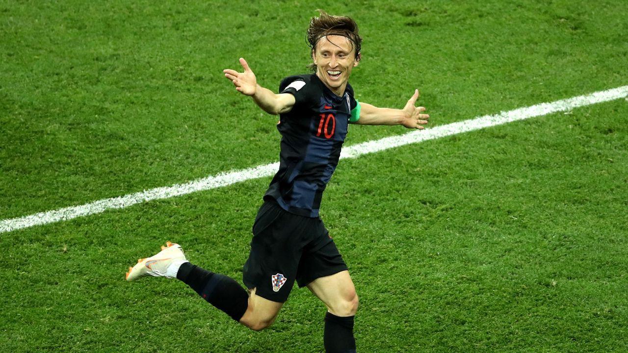 Offensiver Mittelfeldspieler: Luka Modric (32, Kroatien) - Bildquelle: 2018 Getty Images