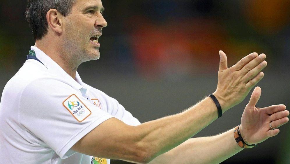 Henk Groener wird 2018 Bundestrainer der Handball-Frauen - Bildquelle: PIXATHLONPIXATHLONSID