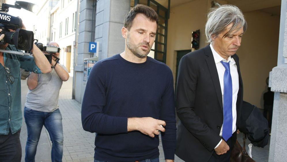Ivan Leko verlässt das Büro des Untersuchungsrichters - Bildquelle: AFPSIDNICOLAS MAETERLINCK