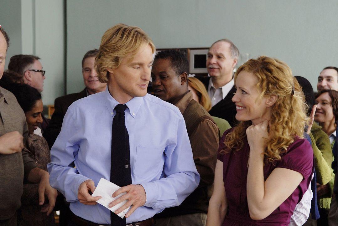 Als der Glücksritter und vermeintliche Bodyguard Drillbit (Owen Wilson, l.) die attraktive Lehrerin Lisa (Leslie Mann, r.) kennen lernt, verändert e... - Bildquelle: 2007 Paramount Pictures