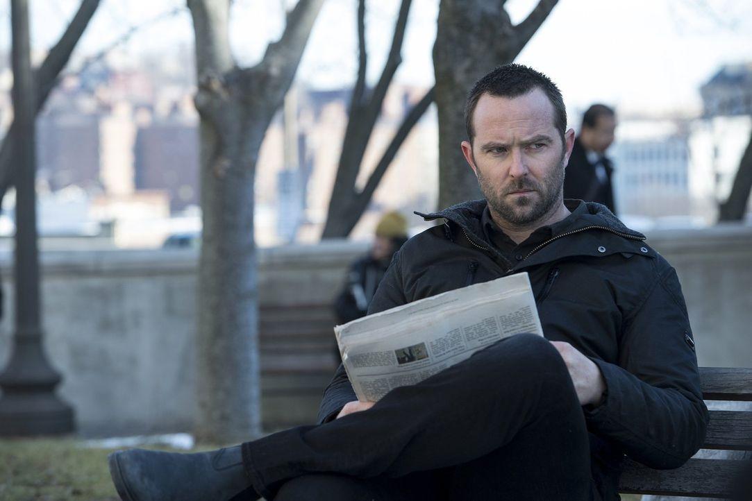 Ein dubioser Informant will Kurt Weller (Sullivan Stapleton) Material überlassen, um Shepherd stoppen zu können. Kein leichtes Unterfangen, weil sie... - Bildquelle: Warner Brothers