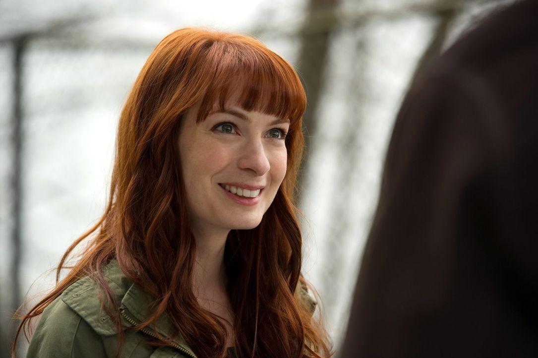 Welches Geheimnis verbirgt Charlie (Felicia Day)? - Bildquelle: Warner Bros. Television
