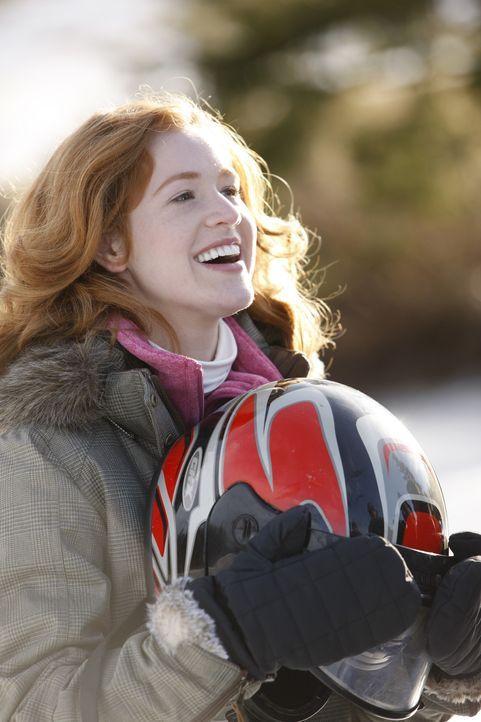 Alexis Winston (Taylor Firth) alias Lexi liebt neben ihrem Freund vor allem das Eiskunstlaufen auf dem heimischen Weiher. Als sie von einem berühmt... - Bildquelle: 2010 Stage 6 Films, Inc. All Rights Reserved.