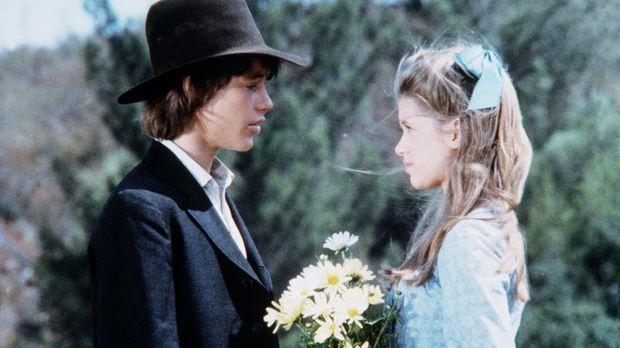 Randall Page (Ronnie Scribner, l.) und Elizabeth Stark (Tammy Laureen, r.) tr...