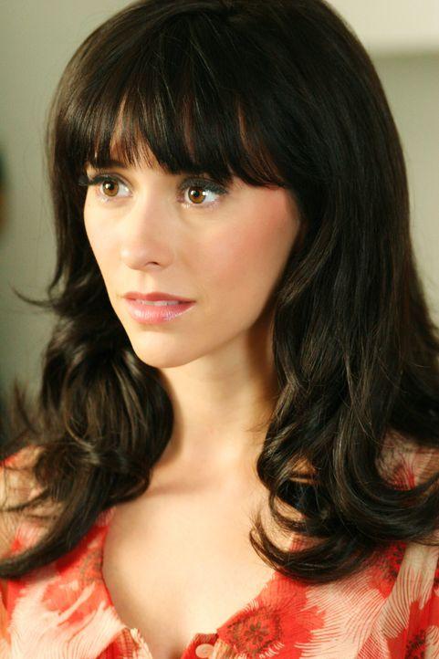 Melinda (Jennifer Love Hewitt) ist zutiefst geschockt. Sie erfährt, dass Jim einen Unfall mit dem Rettungswagen hatte. - Bildquelle: ABC Studios
