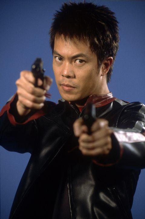 Der alternde Scharfschütze Thomas Beckett kehrt nach Vietnam zurück, um dort mit Hilfe von Quan (Byron Mann) seinen Auftrag zu erfüllen. Doch der... - Bildquelle: 2004 Sony Pictures Home Entertainment Inc. All Rights Reserved.