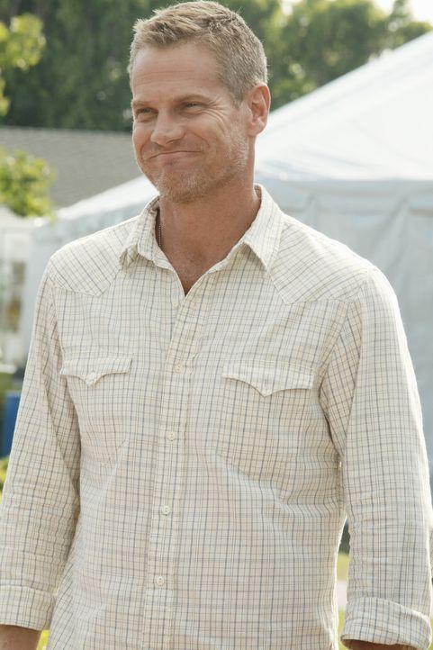 Bobby (Brian Van Holt) hat noch immer ein schlechtes Gewissen, weil er sich für die Kopfverletzung seines Sohnes verantwortlich fühlt ... - Bildquelle: 2011 American Broadcasting Companies, Inc. All rights reserved.