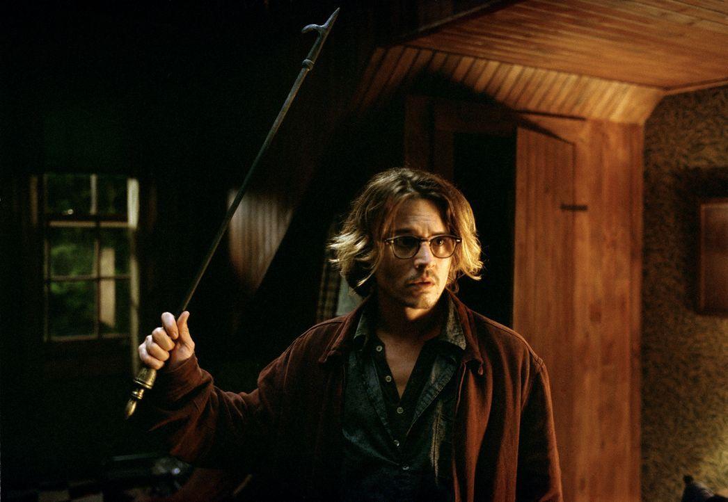 Jagt vergeblich Dämonen: Mort Rainey (Johnny Depp) ... - Bildquelle: Sony Pictures Television International. All Rights Reserved.
