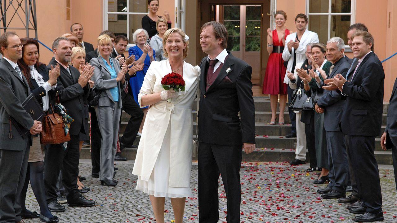 anna-und-die-liebe-folge-57-07-SAT1-Claudius-Pflug - Bildquelle: SAT.1/Claudius Pflug