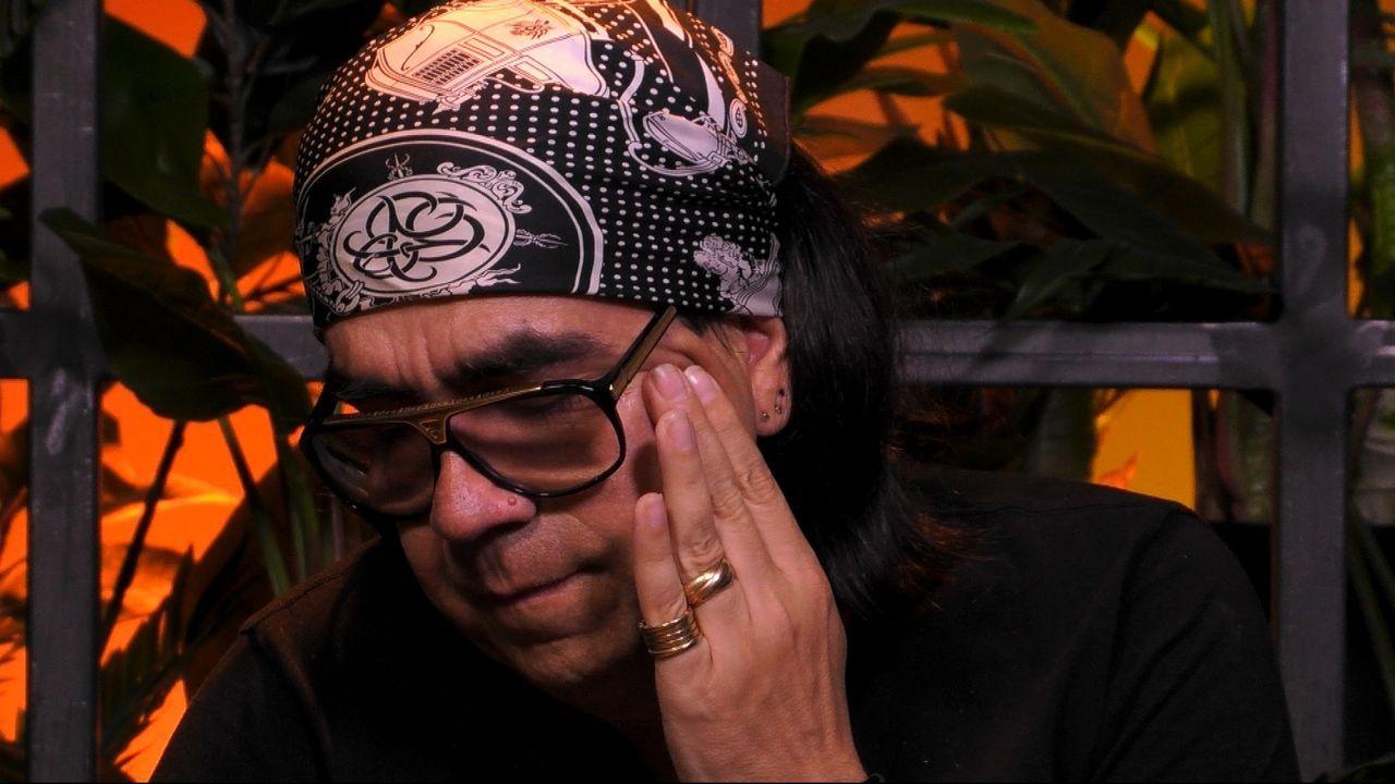 Auch im Sprechzimmer kommen Mike die Tränen. - Bildquelle: Sat.1