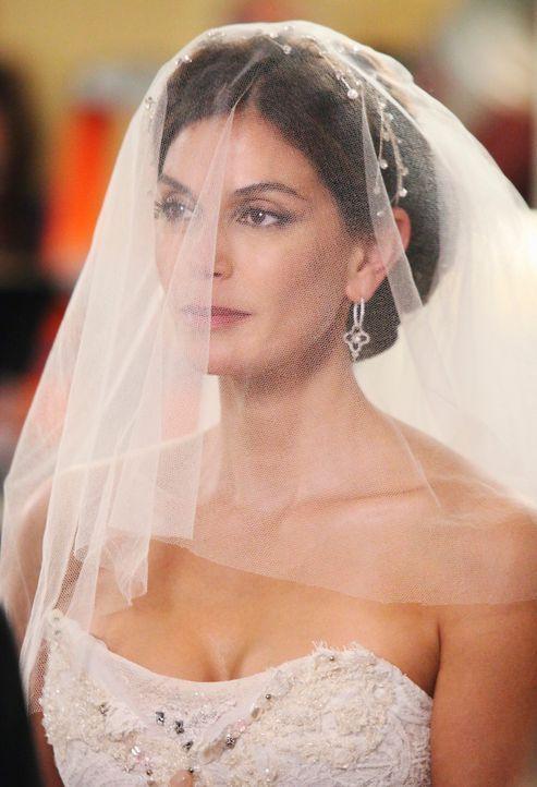 Susan (Teri Hatcher) ist die glückliche Braut, die Mike nun zum zweiten Mal heiraten will. Doch ihr Glück wird von der sitzengelassenen Katherine ge... - Bildquelle: ABC Studios
