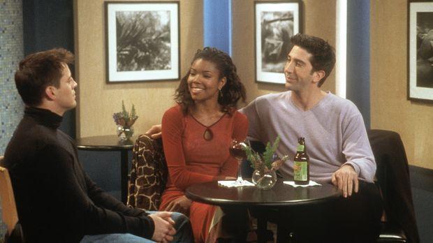 Joey (Matt LeBlanc, l.) und Ross (David Schwimmer, r.) interessieren sich bei...