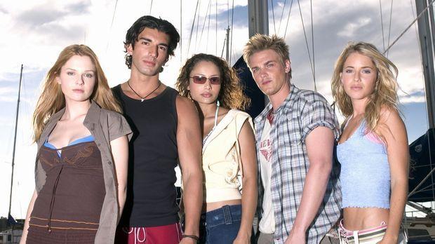 Geraten unter Haie: (v.l.n.r.) Danielle (Shannon Lucio), T.J. (Justin Baldoni...