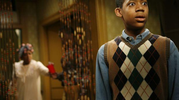 Chris (Tyler James Williams, r.) hat mal wieder Ärger ... © CBS Television