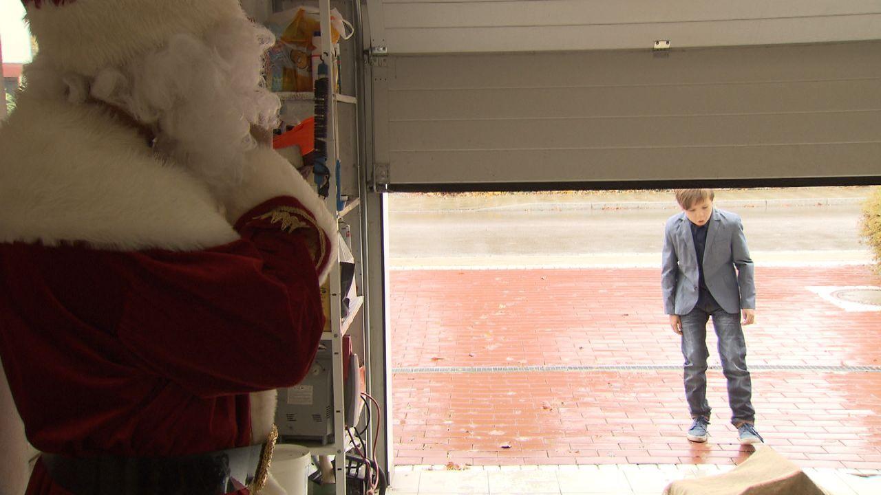Wer-glaubt-schon-an-den-Weihnachtsmann17 - Bildquelle: SAT.1
