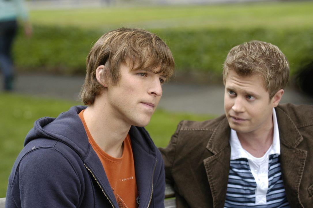 Kyle (Chad Faust, l.) will die Stadt verlassen - sagt aber Danny (Kaj-Erik Eriksen, r.) nicht den wahren Grund ... - Bildquelle: Viacom Productions Inc.