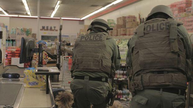 Als eine Flut von gewalttätigen Raubüberfällen die Stadt Colorado Springs hei...