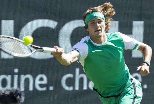 Zverev zieht mit souveränem Sieg ins Halbfinale ein