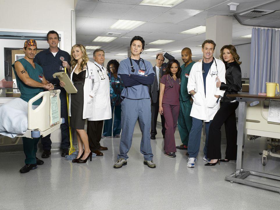 (7. Staffel) - Die Truppe vom Sacred Heart Hospital: (v.l.n.r.) Dr. Todd Quinlan (Robert Maschio), Hausmeister (Neil Flynn), Elliot (Sarah Chalke),... - Bildquelle: Touchstone Television