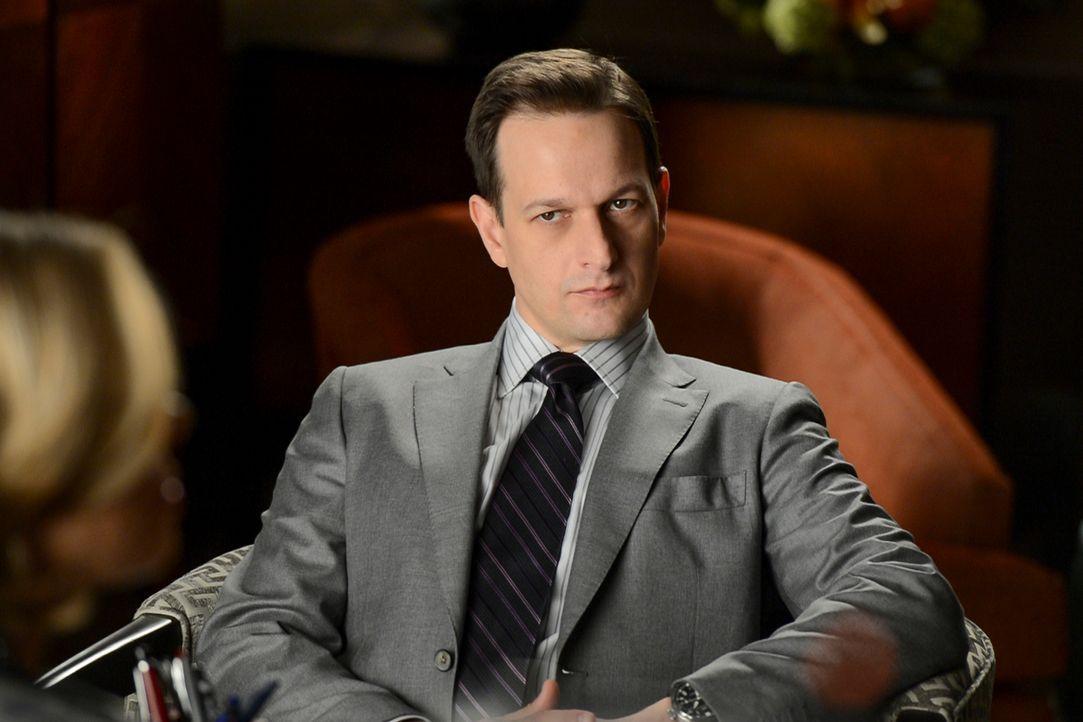 Will (Josh Charles) stell sich gegen einige Kollegen in der Kanzlei ... - Bildquelle: David Griesbrecht 2013 CBS Broadcasting, Inc. All Rights Reserved
