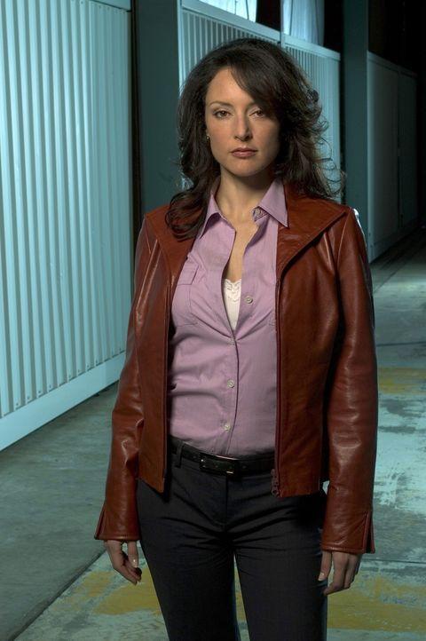 (1. Staffel) - Zusammen mit ihren Kollegen bringt Agentin Elle Greenway (Lola Glaudini) jeden Serientäter hinter Schloss und Riegel ... - Bildquelle: Touchstone Television