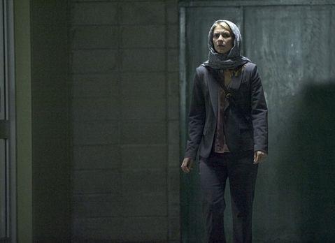 Homeland - Carrie (Claire Danes) setzt alles daran, Saul aus den Händen seine...
