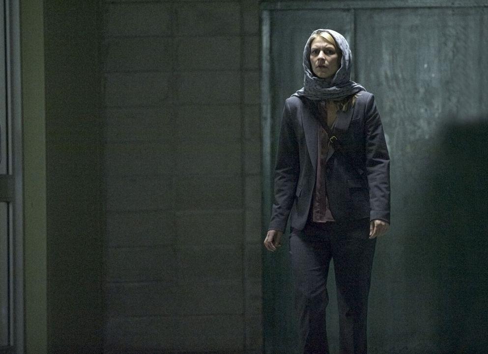 Carrie (Claire Danes) setzt alles daran, Saul aus den Händen seines Peinigers zu befreien. Doch wird es ihr gelingen? - Bildquelle: Homeland   2014 Twentieth Century Fox Film Corporation