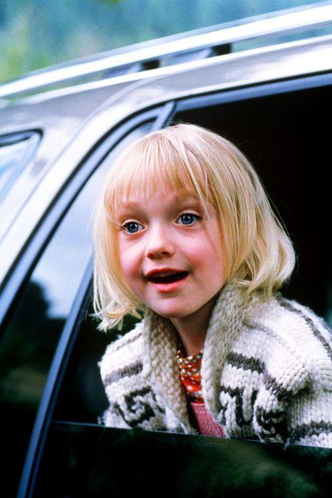 Während sich Star-Mediziner Will Jennings auf einem Ärzte-Kongress feiern lässt, wird seine Tochter Abby (Dakota Fanning) gekidnappt. Der Entfüh... - Bildquelle: Senator Film