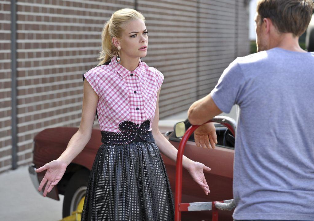 Hart of Dixie: Lemon steht auf Zoes Seite und sagt Wade ihre Meinung - Bildquelle: Warner Bros. Entertainment Inc.