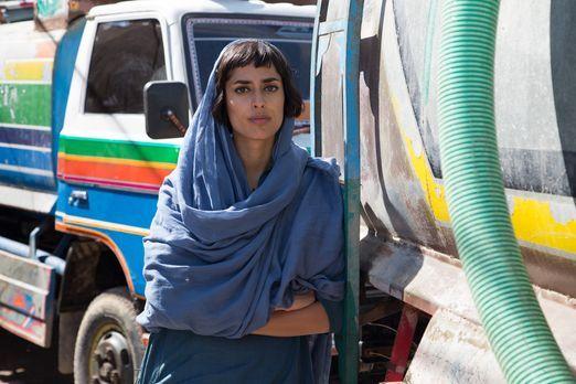 Fazeelat Aslam reist nach Karatschi, in Pakistan. Dort berichtet sie über die...