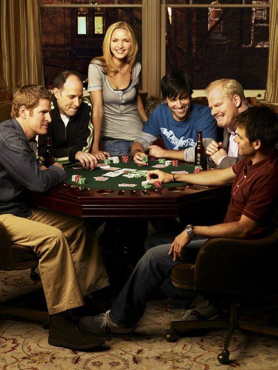(1. Staffel) - Die Freunde (v.l.n.r.) Mike (Jamie Kaler), Kenny (Michael Bunin), P.J. (Jordana Spiro), Brendan (Reid Scott), Andy (Jim Gaffigan) und... - Bildquelle: 2006 Sony Pictures Television Inc. All Rights Reserved
