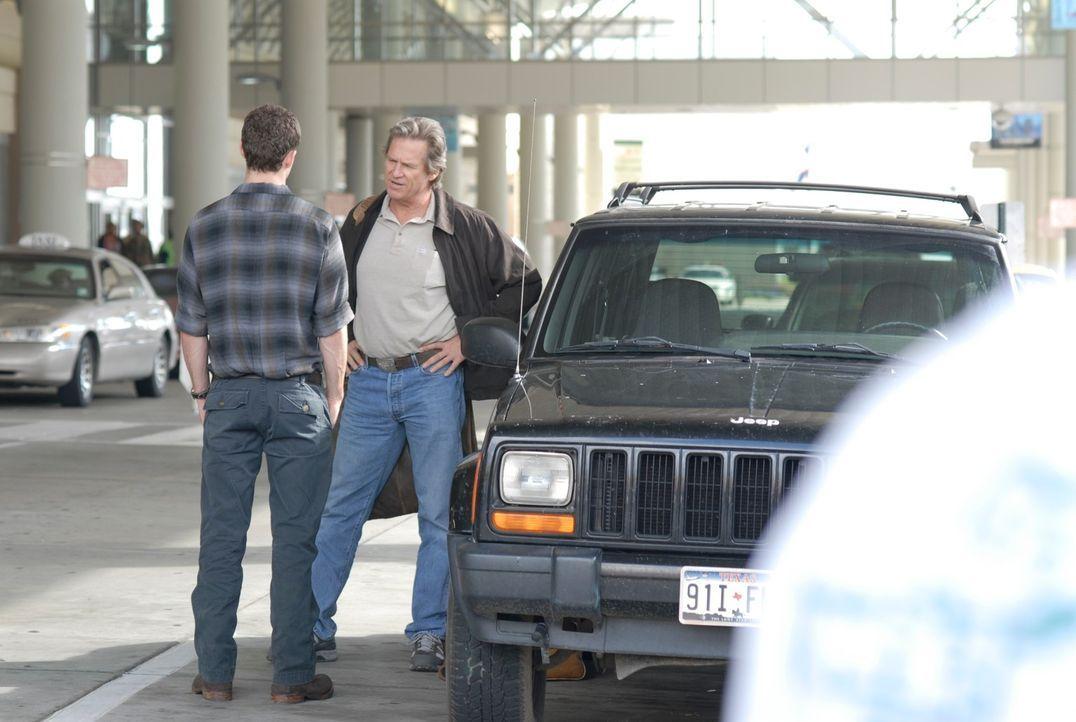 Sind nur selten einer Meinung: Vater (Jeff Bridges, r.) und Sohn (Justin Timberlake, l.) ... - Bildquelle: 2008 BY OPEN ROAD INVESTMENTS, LLC. ALL RIGHTS RESERVED