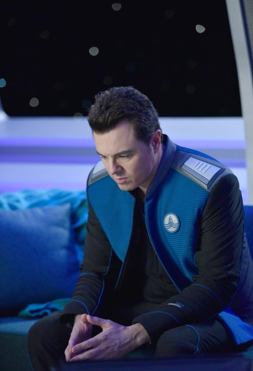 Erfährt, dass er lediglich auf Grund eines Freundschaftsdienstes den Job als Captain der Orville bekommen hat: Ed (Seth MacFarlane) ... - Bildquelle: Michael Becker 2017 Fox and its related entities.  All rights reserved.