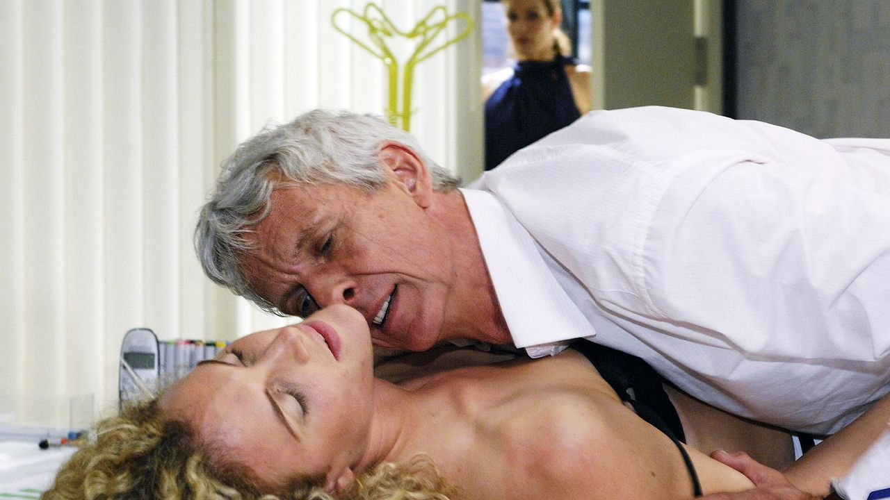 Anna-und-die-Liebe-Folge-30-02-sat1-oliver-ziebe
