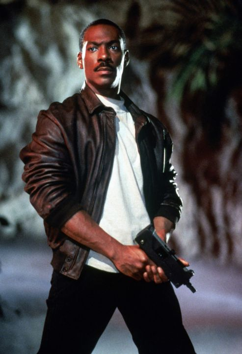 Als gut zureden offensichtlich nichts mehr bringt, zieht Axel (Eddie Murphy) auch mit seinem Schusseisen los, um die Verbrecher zur Strecke zu bring... - Bildquelle: Paramount Pictures