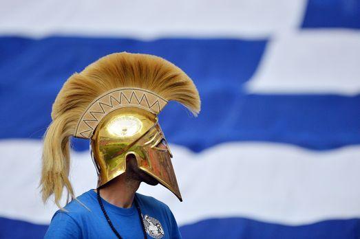 Die griechischen Fans - 6 - Bildquelle: AFP