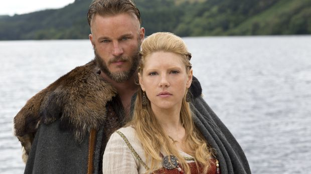 Seine Kinder und seine Frau Lagertha (Katheryn Winnick, r.) bedeuten Ragnar (...