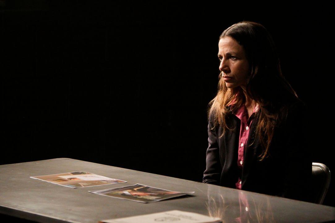 Hat Margaret (Justine Bateman) etwas mit dem schrecklichen Mord an Kenneth Richards zu tun? - Bildquelle: ABC Studios