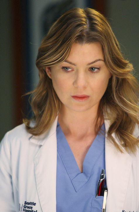 Harte Zeiten für Cristina: sie soll entscheiden, welcher ihrer Kollegen - Meredith (Ellen Pompeo), Alex, George, Izzie oder ein ganz anderer - zum... - Bildquelle: Touchstone Television