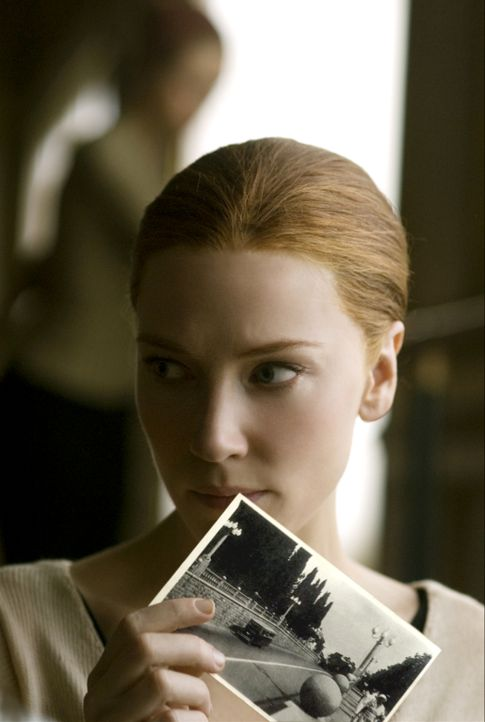 Seit er als Greis die junge Daisy (Cate Blanchett) kennen gelernt hat, ist er ihr total verfallen. Doch erst viele Jahre später erhält Benjamin Butt... - Bildquelle: Warner Brothers