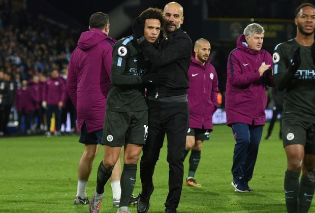 Leroy Sane und City-Teammanager Pep Guardiola